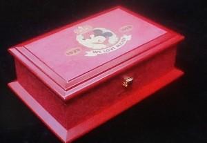 ミッキーマウス生誕70周年記念オルゴール