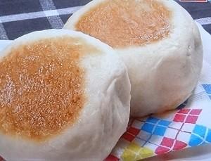 フライパンでパン
