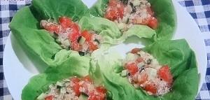 トマトと納豆のアマニ油サラダ