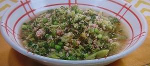 鶏肉とブロッコリーのおかずスープのレシピ