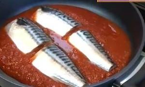 塩サバのトマトパッツァのレシピ