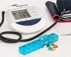 病気、血圧計