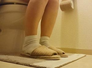 便秘、トイレ、女性