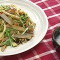 菊地隆の旬の野菜たっぷり焼きそばのレシピ