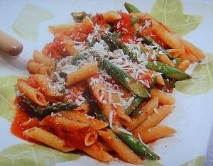 栗原はるみのレシピ!アスパラガスのトマトペンネ