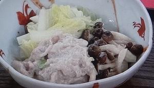 豚バラ肉と白菜の酒かす蒸し