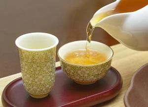 烏龍茶、ウーロン茶