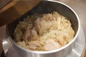 釜飯、炊き込みご飯、ごはん