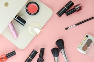 化粧道具、メイク