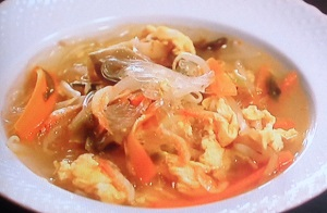 中華はるさめHOTHOTスープ