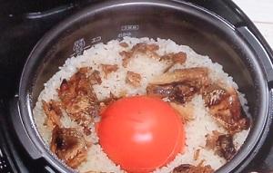 いわしとトマトの炊き込みご飯