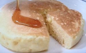 おもちで厚焼きパンケーキ