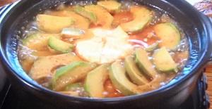 キムチ&チーズ入りアボカド鍋