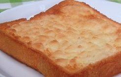 メロンパントースト